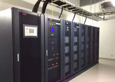 易事特UPS电源充电需要做哪些安全防护措施?